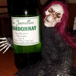 Skelly choosing his wine