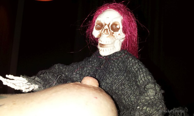 20150131-129wm Skelly nipple
