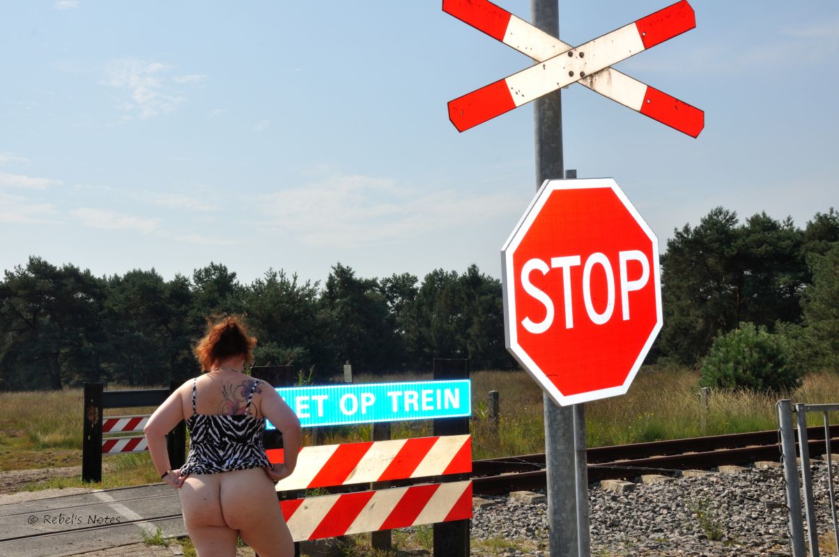 Flashing my ass at a level crossing.
