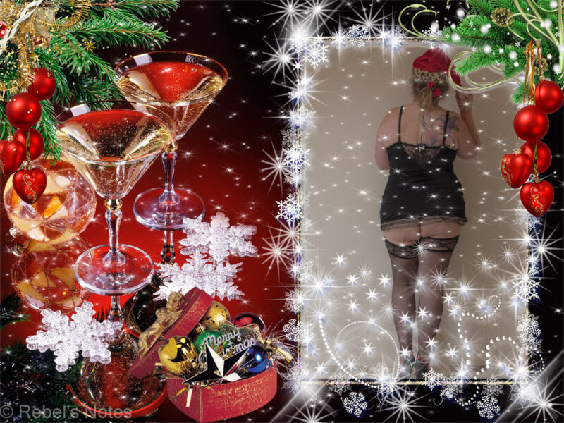An image of me in a short black dress, stockings and a Christmas hat, ready for the Christmas party on The SafeworD/s club.