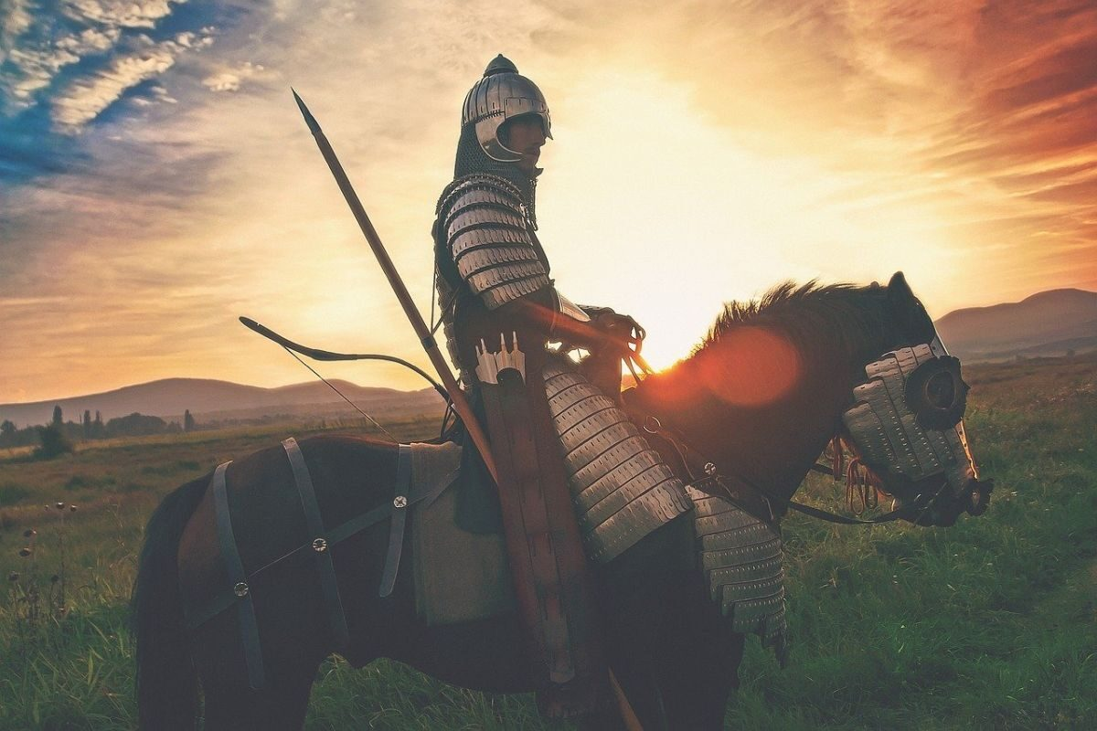 Image of a knight on a horse